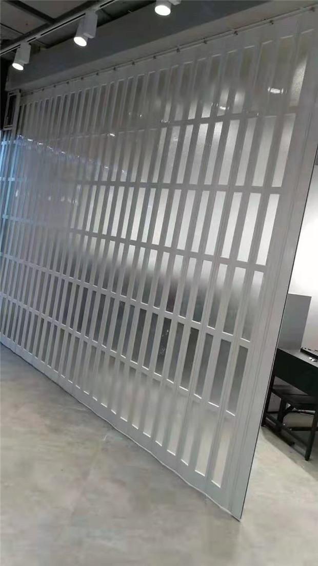 pvc折叠门安装