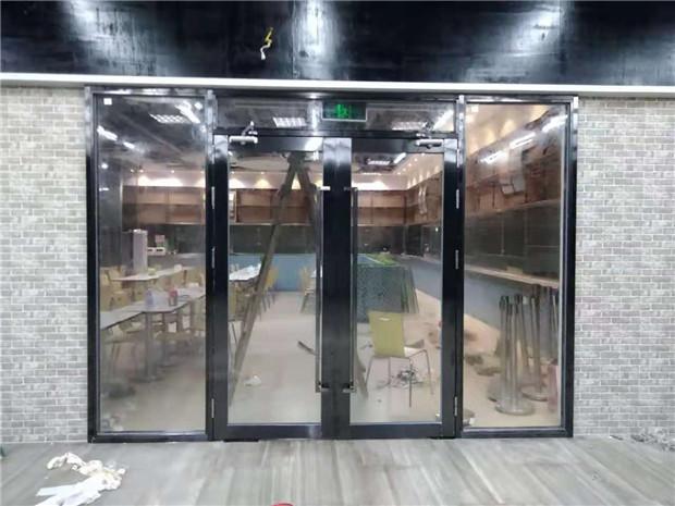 深圳防火玻璃门