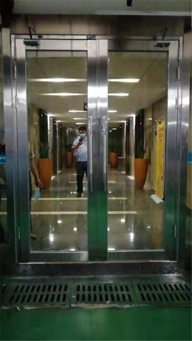 宝安区防火玻璃门